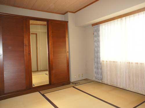 和室6畳(玄関側)
