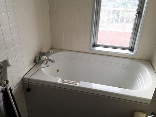 浴室(ジャグジー付)