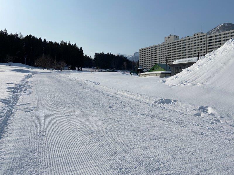 湯沢 中里 スキー 場 ライブ カメラ