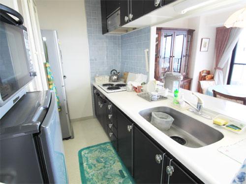 スペースの広いキッチン