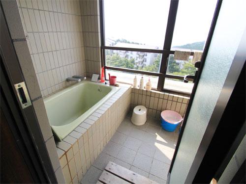 眺望良好な浴室