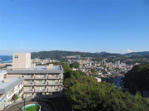 バルコニーからの眺望(左手)