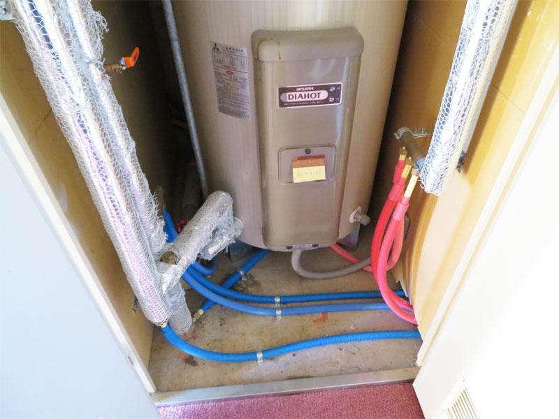 電気給湯器 配管工事済み