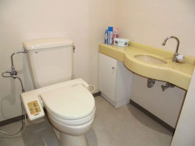 洗面付きのトイレ