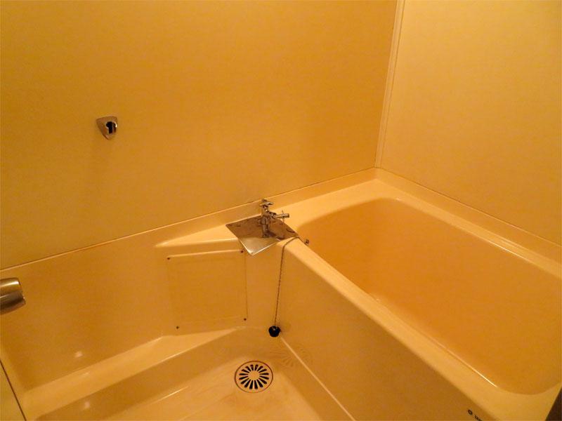 浴室 洗濯機置き場として