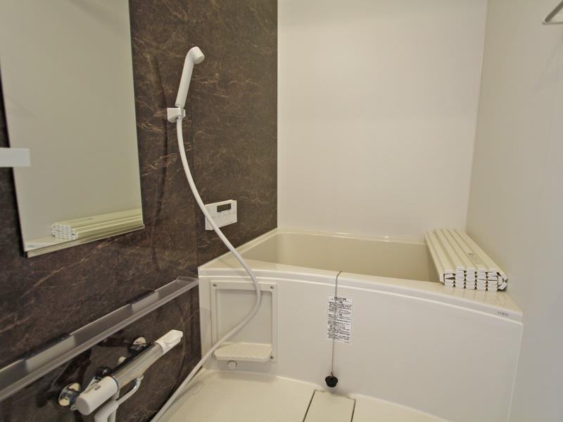追焚機能付きの浴室