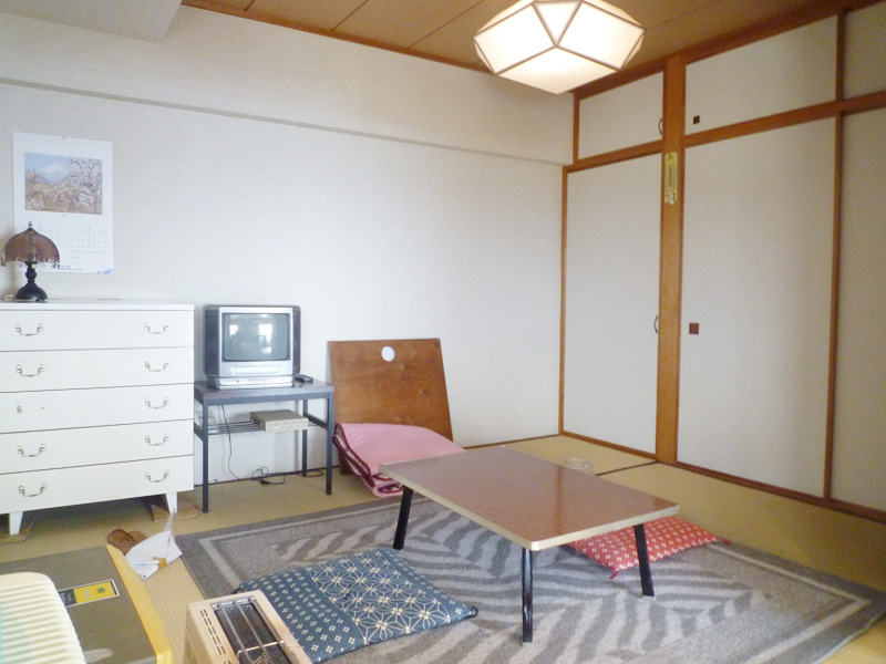 収納付き 4.5畳の和室
