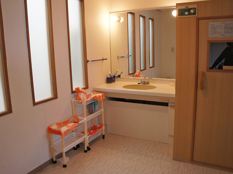 サウナ・洗面室