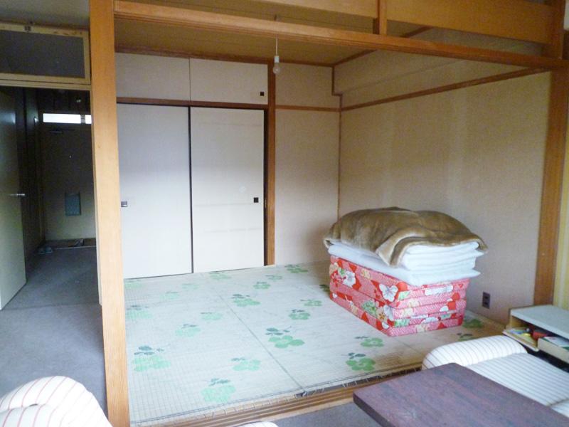 リビングの隣 4.5畳の和室