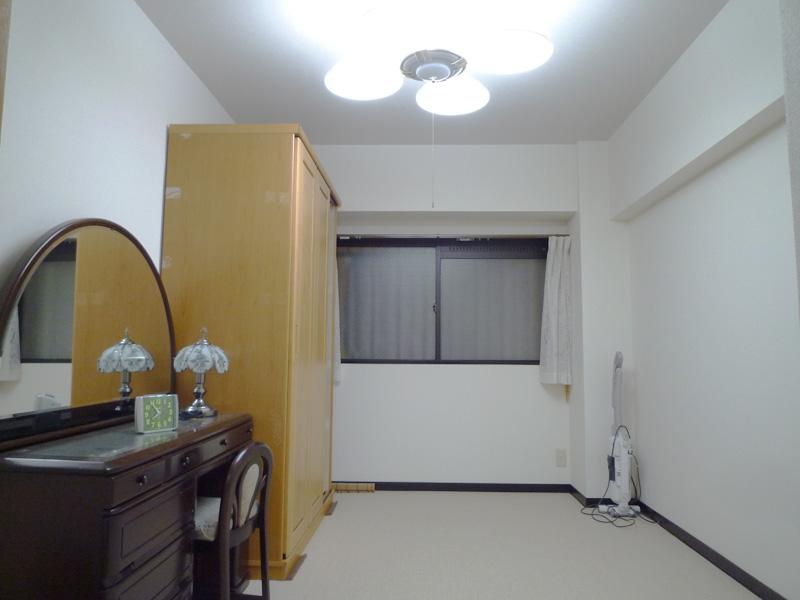 約6畳の洋室