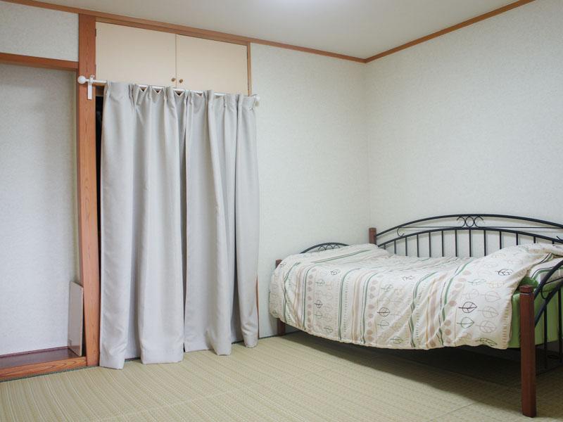 床の間・収納付きの和室