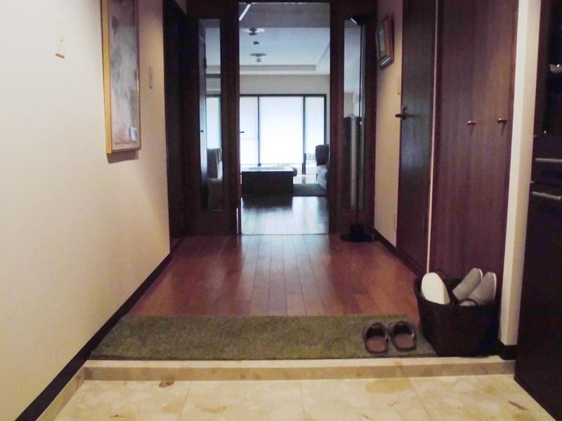 広い玄関・廊下