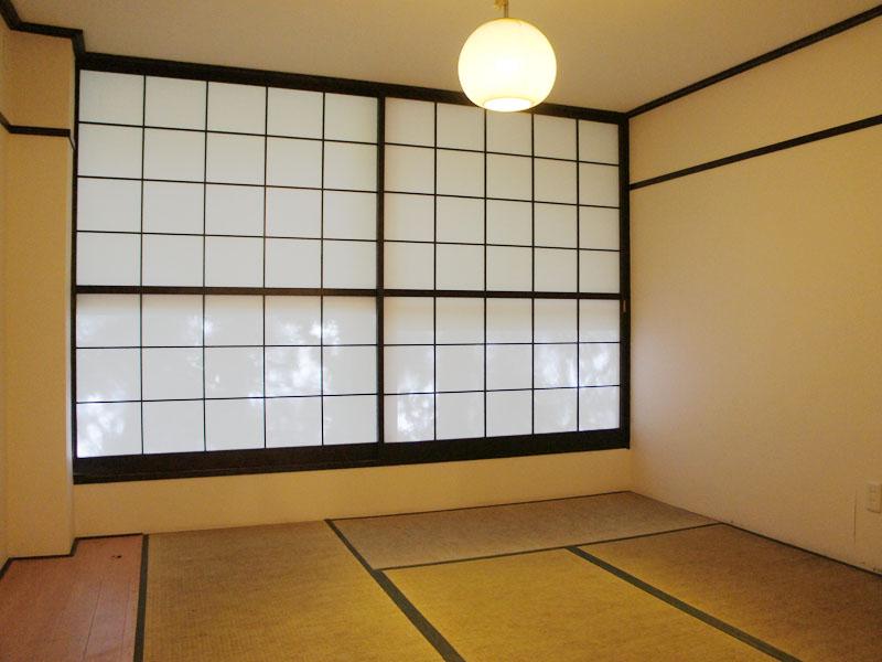 テラス側の和室