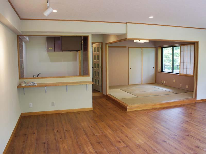 リビング キッチン・和室側