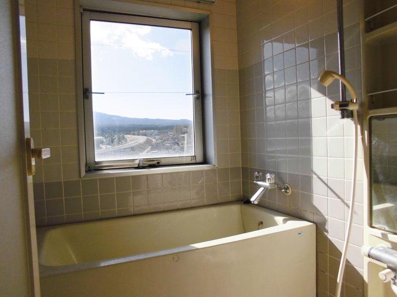 浴室 富士山を望めます