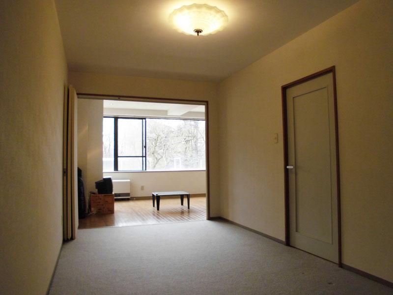 約7.5畳の洋室