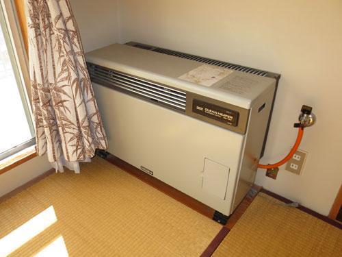 FF式温風ガス暖房機